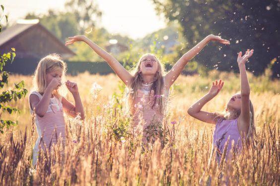 Dünya Kız Çocukları Günü Mesajları